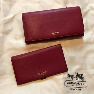 Coach 2pc wallet/checkbook set